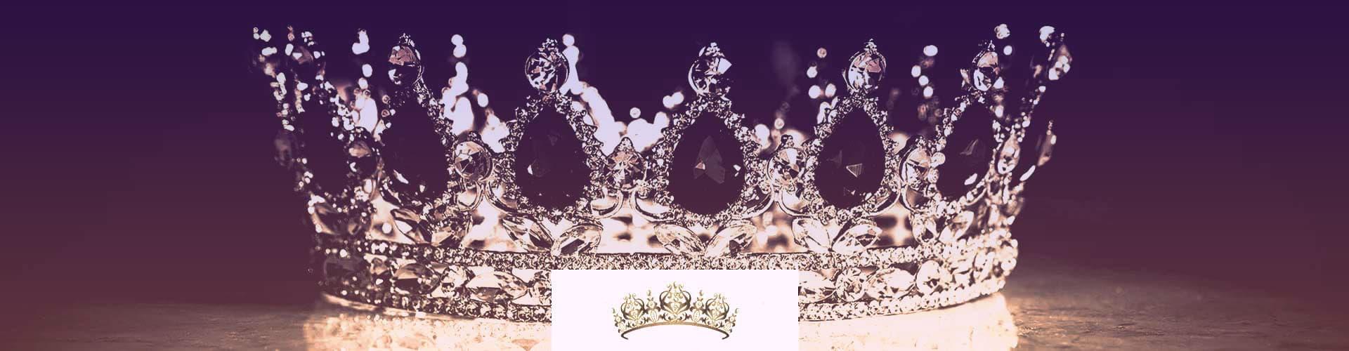Diamond and sapphire tiara