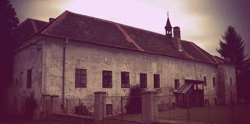 Chřešťovice chateau