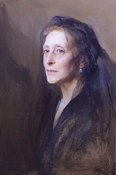 A painting of Victoria Mountbatten dressed in mourning clothes and a black veil.