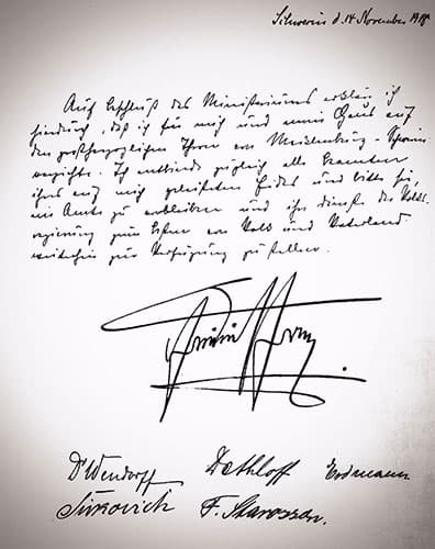 The written and signed text of Grand Duke Friedrich Franz IV of Mecklenburg-Schwerin's abdication.